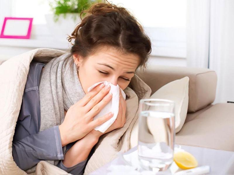 Uống nước chanh mỗi ngày giúp ngăn ngừa cảm cúm